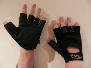 AERO-ABRASION-FULL-GEL-PALM-MITT-STYLE-WHEELCHAIR-GLOVES-IN-SIZE-SMALL-301321000326